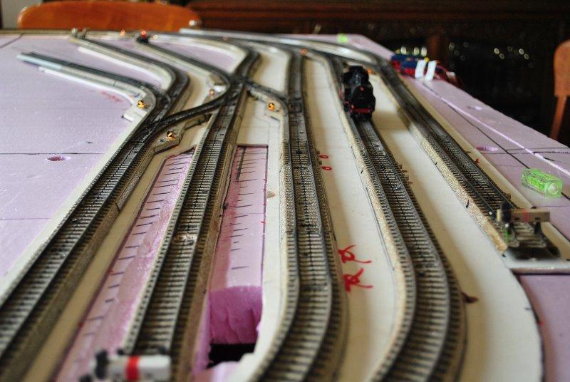http://www.moba-trickkiste.de/components/com_agora/img/members/185/Bahnhofsansicht01.jpg