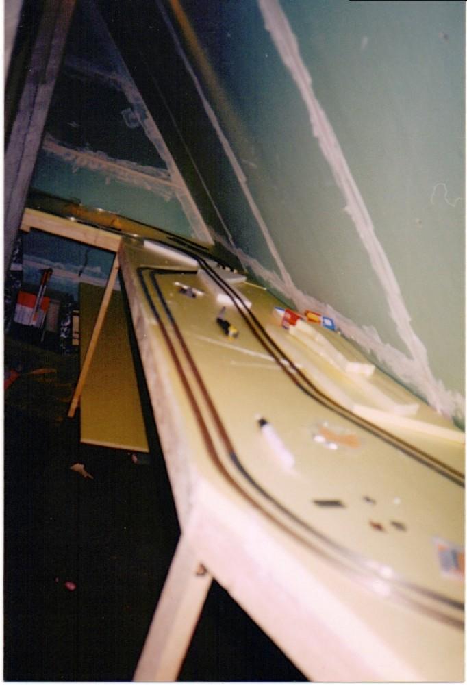 http://www.moba-trickkiste.de/images/agorapro/attachments/732/Eisenbahn01.jpg